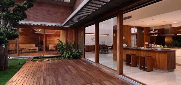 Total environment in that quite earth villa hennur